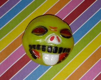 Vintage 1980s Vending Machine Bootleg Madballs Toy - blow mold