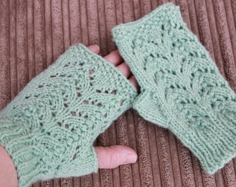 "Instant download knitted ""Isla"" ladies fingerless gloves pattern FG2"