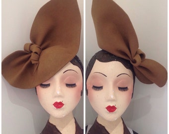 Vintage Style, 1940s inspiredCamel sculptured Felt hat, can be worn 2 ways