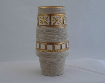 Fratelli Fanciullacci -  stylish vase in white with gold accents . 1960s Italian art pottery from Florence.