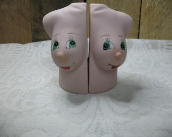 Vintage salt & pepper shakers (breasts) from the 80's ceramic kitchen
