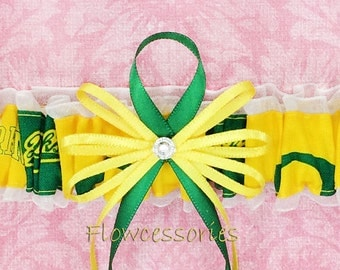 Pick Charm - University of Oregon Ducks - UO handmade bridal garter - toss