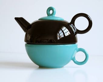 Teapot for one Memphis style