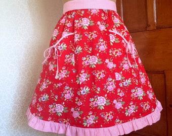 On Sale Vintage Style apron/floral apron/Red apron