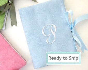 Letter P Monogrammed Faux Suede Photo Album / Personalized Wedding Album / Monogram Brag Book / Photo Album 4x6/ Personalized Gift for Women