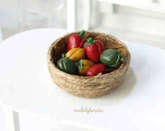 Miniature Bell Peppers, Dollhouse food, 1:12 scale miniature vegetables, Miniature Mixed Peppers - Miniature dollhouse food 12th scale