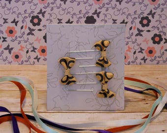 Set of three bow paperclip bookmarks