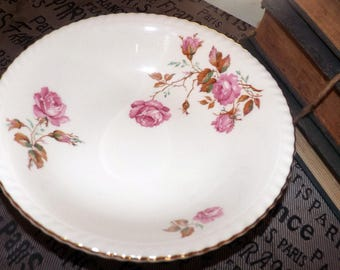 Qutie vintage (c.1930s) Johnson Brothers JB256 hand-decorated cereal, soup, salad bowl. Pink roses, gold rope edge. Old English ironstone