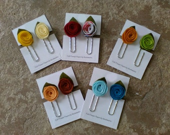 Bookmark, felt flower bookmark, small gift, gift for book lover, gift for reader