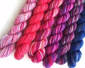 """Set of 5 Valentines Mini Skeins  plus one (5 x 10 gr/5 x 33 yds) """"Spread the Love"""""""