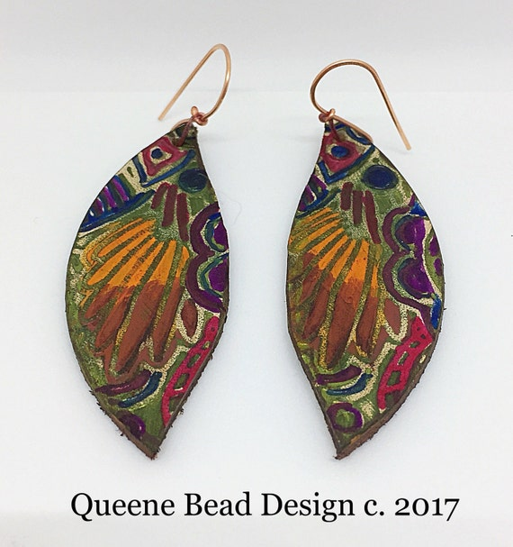 Handpainted Leather Earrings #queenebead