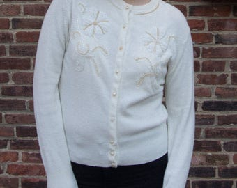 Vintage Debutante By Wooltex Off White Acrylic Beaded Sweater