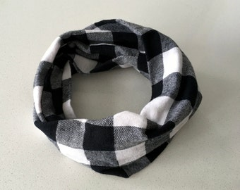 Infinity scarf - black and white tiles