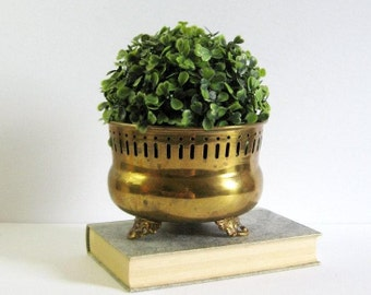 Vintage Footed Brass Planter w Decorative Eyelet Trim - 6 Inch Brass Pot - Brass Home Decor - Indoor Outdoor Garden Pot - Succulent Planter