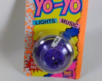 Vintage Rock N' Roll Yo-Yo/Lights and Music By Maui Toys/New In Package/Needs Batteries/Ages 5 And Up (F)