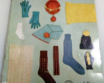 Vintage Magizine From Spinnerin Hand Knit Accessories/11 Projects/Gloves, Socks, Hats, Stole/Great Used Condition (P)