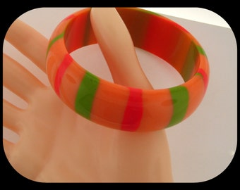 Vintage Heavy Peach With Color Stripes Lucite BANGLE