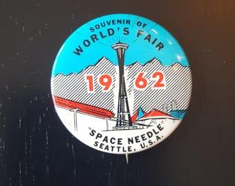 1962 Seattle World's Fair pinback, Space Needle