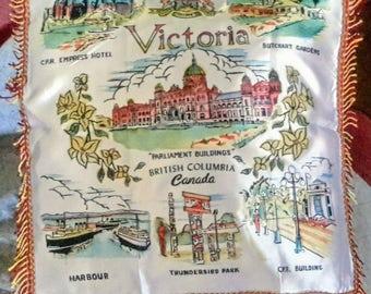 1950's Victoria souvenir pillow cover, excellent condition