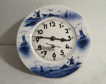Vintage 8-Day-Delft-Wall-Clock-Pendelft Wall Clock - Not Working