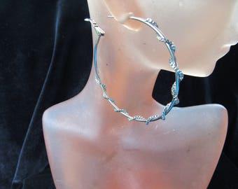 Vintage Pair Of Silvertone Twisted Chain Pierced Hoop Earrings