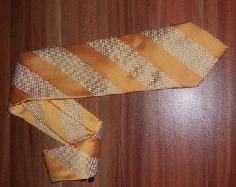 Vintage Necktie, yellow men tie 1980 Silk 100% Matis