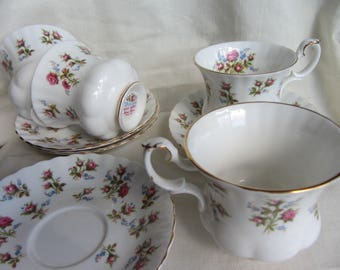 Vintage set of 4 demitasse cups and saucers. Royal Albert Winsome bone china coffee cups.  Pink roses retro cottage chic