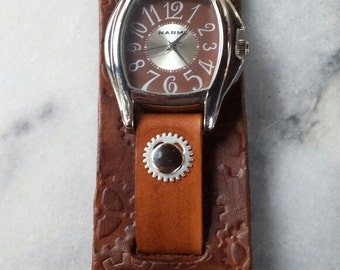 Steampunk Brown Leather Cuff Watch with Gears
