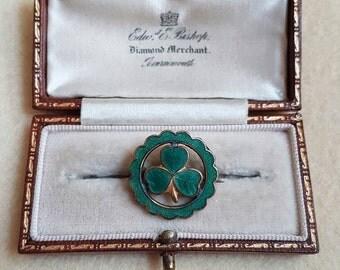 Vintage Green enamel three leaf clover brooch pin badge