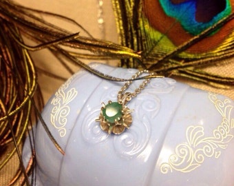 "Vintage 14k Solid White Gold Starburst Natural Emerald Pendant with 1940's AMCO 14kt Gold Filled 18"" white gold necklace   1/2 Carat Emerald"
