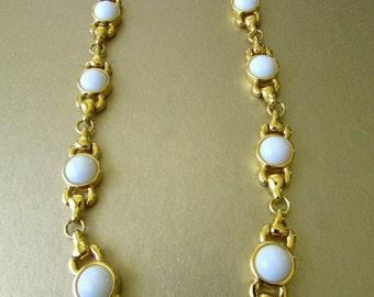 "Monet Necklace White 17"""