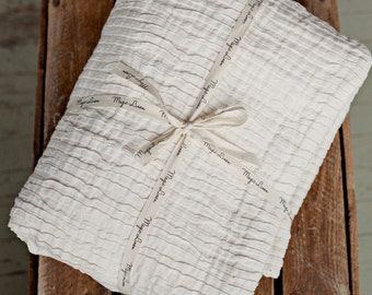 Ivory linen bed throw, pleated linen blanket in 2 sizes: big and small.