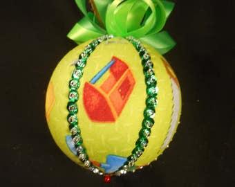 Tool Kit Ornament, Decorative Ball, Kimekomi Ornament, Children Gift, Birthday Present, Tool Kit