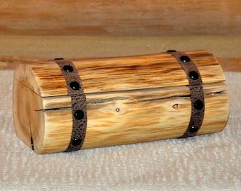 Rustic White Cedar Trinket Log Box