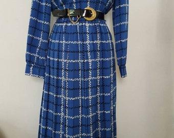 Vintage Print Long Sleeves Midi Dress W/ Belt