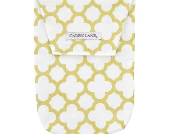Gold Quatrefoil | Gold and White Diaper and Wipe Holder