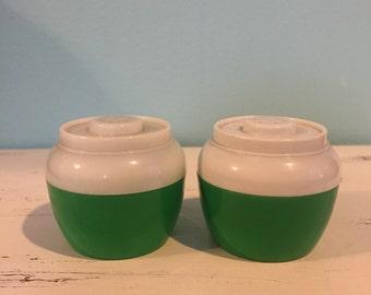 Vintage Retro Green Plastic Salt and Pepper Shaker Set