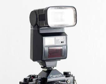 Edixa F-300 AF-C - MINT CONDITION functional flash for analog photography (working bounce electronic flashgun, hot shoe, vintage 35mm film)