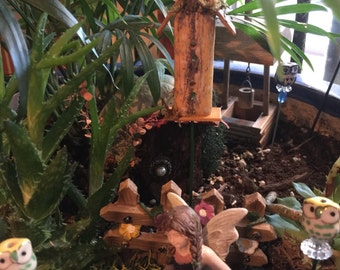 Miniature Wood Birdhouse, Handmade Birdhouse, Fairy Garden Birdhouse, FlowerPot Birdhouse, Terrarium Birdhouse, Flower Arrangement Birdhouse