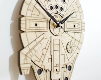 The Millennium Falcon inspired wall clock * Star Wars *