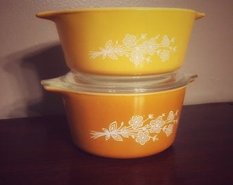 Vintage Pyrex Butterfly Gold Casserole Dishes 472-B and 473-B