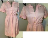 CLEARANCE! Vintage 1950s VOLUP light pink pin stripe shirt waist day dress w/ pocket large 234