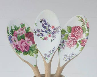 Set of 3 White Floral Decorative Wooden Spoons - Kitchen Decor