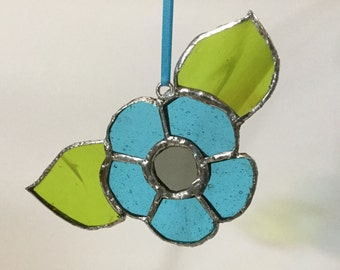 Upcycled vintage 1970s stained glass flower suncatcher in turquoise