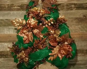 Christmas tree deco mesh wreath! Deco mesh wreath, Christmas wreath, winter wreath, holiday wreath, poinsettia wreath! Ready to ship!