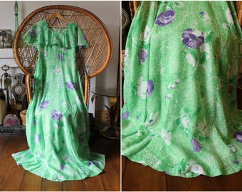 Stunning Vintage 1970s Green Floral Boho Folk Festival Maxi Dress with Flared Sleeves Size UK10