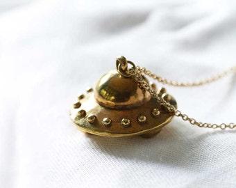 UFO Necklace / Linen Jewelry / Brass Necklace / Charm Necklace / Everyday Jewelry