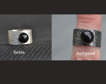 Sterling Silver Men's Ring with Onyx Cabochon