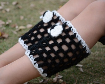 Black and White Crochet Boot Cuffs with Bows Mommy and Me