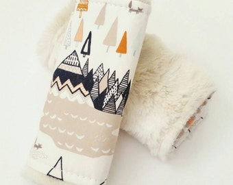 Teepee Car Seat Strap Covers, Faux Fur Car Seat Straps, Faux Fur, Navy Minky Strap Covers, Baby Boy, Car seat boy